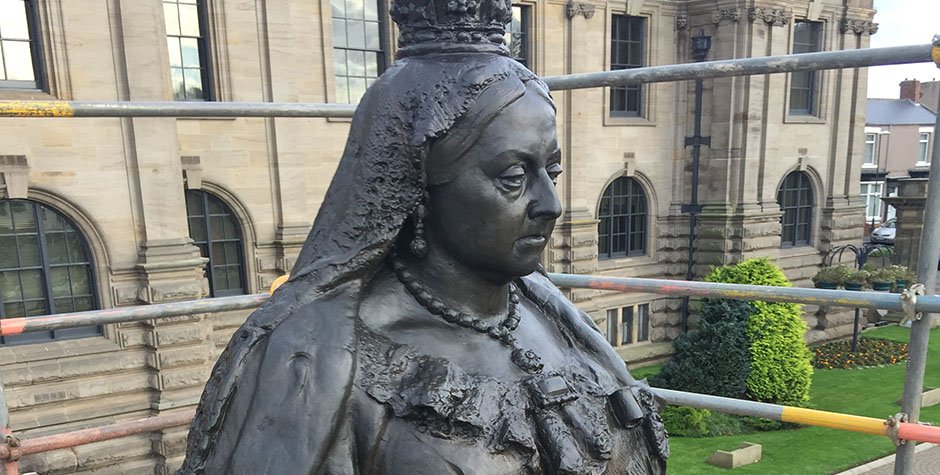 Treatment of Bronze and Marble Statues: Queen Victoria and Richard Baxter
